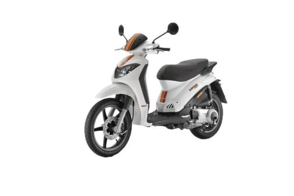 noleggio-scooter-zante-derbi-sonar-125cc