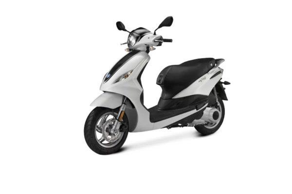 noleggio-scooter-zante-piaggio-fly-100cc